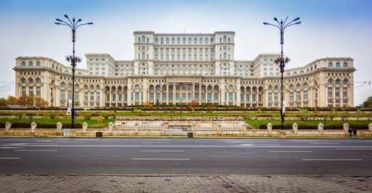 bucharest_palace_of_parliament_lg