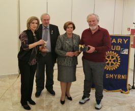 Οι τυχεροί της βραδιάς Λ. Βάντζιου - Δουκίδου και Ν. Ασημάκος, με τους Προέδρους Ν. Καραχάλιο και Όλγα Φλέσουρα