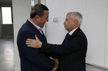 Ο Σταύρος Τζουλάκης με τον Konak Abdul Batur